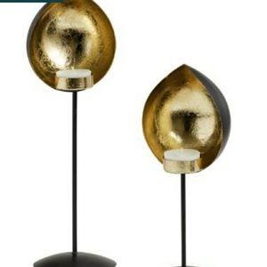 Black And Gold Metal Teardrop Tealight Holder